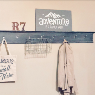 Reclaimed entry way: cut the clutter